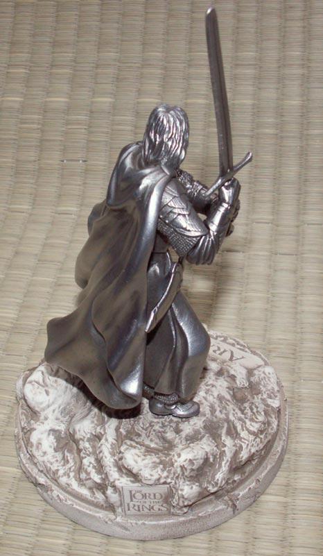 Additional photos: LOTR Aragorn Figure - Les Etains Du Graal