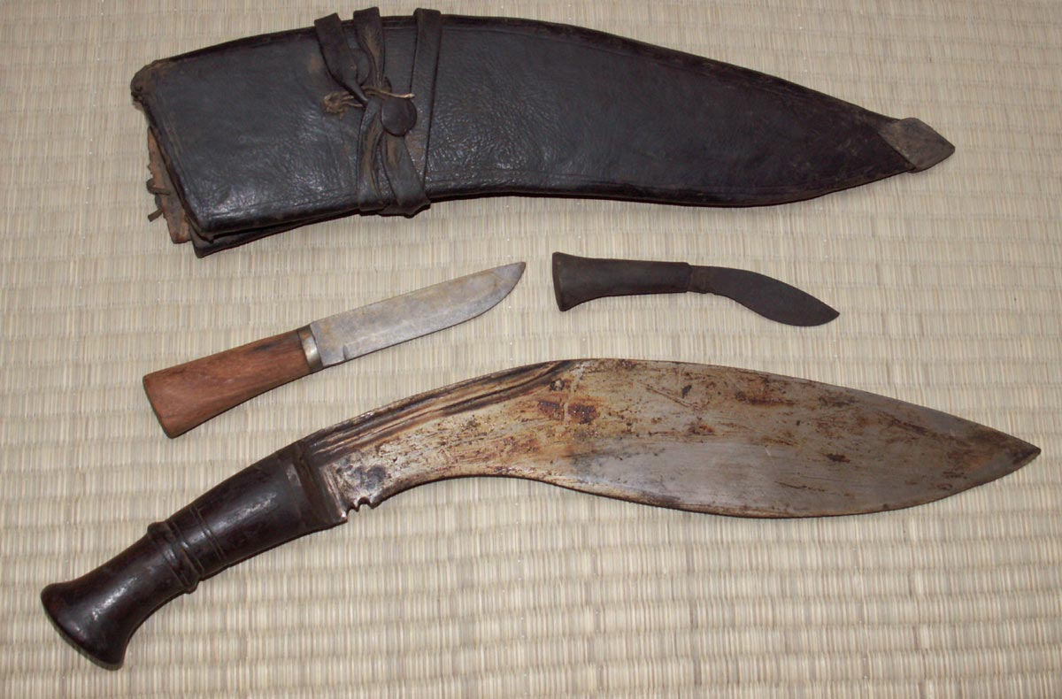 Additional photos: Museum Replicas Traditional BhojPure Kukri Old Scabbard
