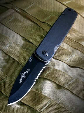 Folding Knife Emerson A-100 Black Serrated