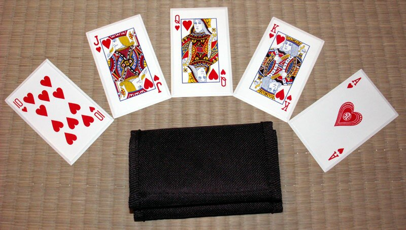 ''Royal Flush'' - SS card throwers, red